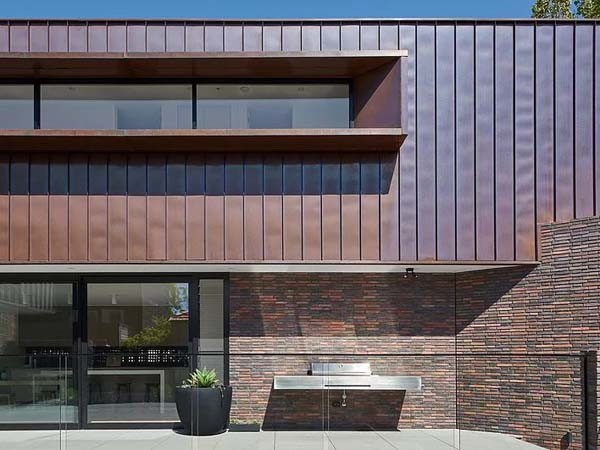 Brick And Copper Fa 231 Ade Creates Striking Palette On Elwood