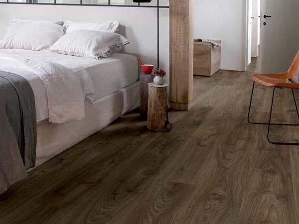 Balance Click | Cottage Oak Dark Brown