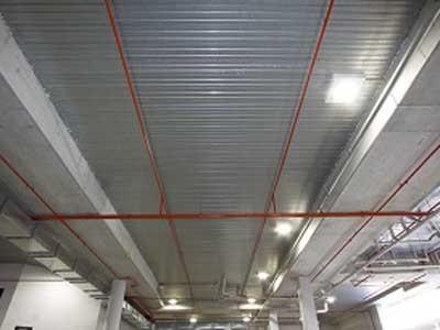 Armourdeck steel decking providing permanent formwork