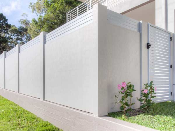 Modular Wall Systems' acoustic modular fencing solution