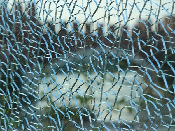 Safety Warning Issued Over Random Exploding Glass