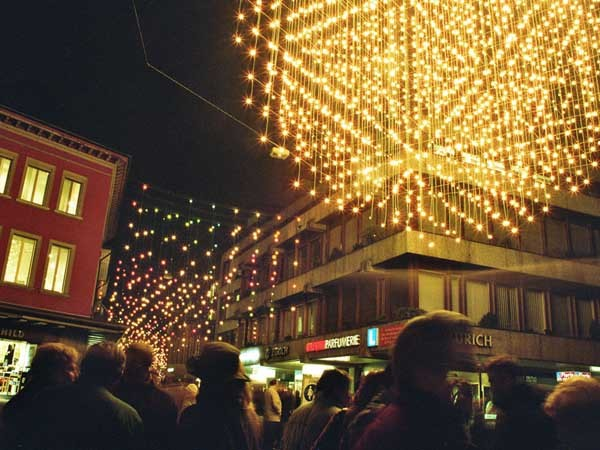 Jakob tensile cables were used to suspend the catenary lighting system for Christmas in Baden, Germany village