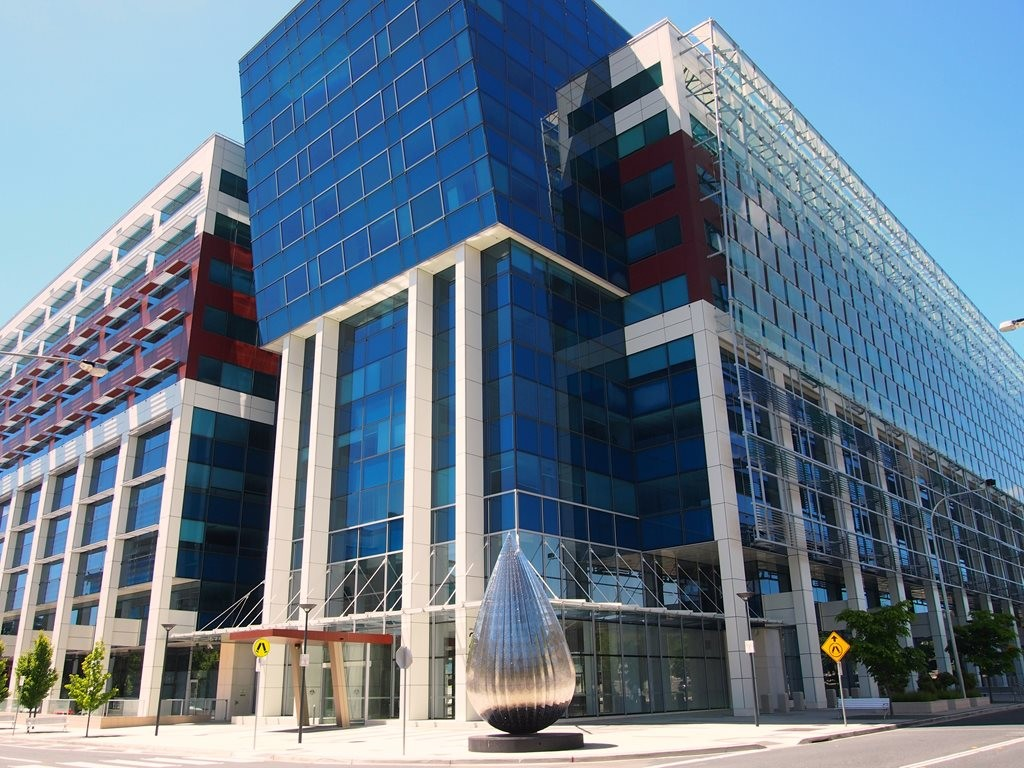 According to Mirvac, Sirius House in Canberra has become the first building in Australia to achieve a 6 Star NABERS Energy rating, a 6 Star NABERS Water rating and a 6 Star Green Star Performance rating, without the use of green power or externally sourced recycled water. Image: Mirvac Group