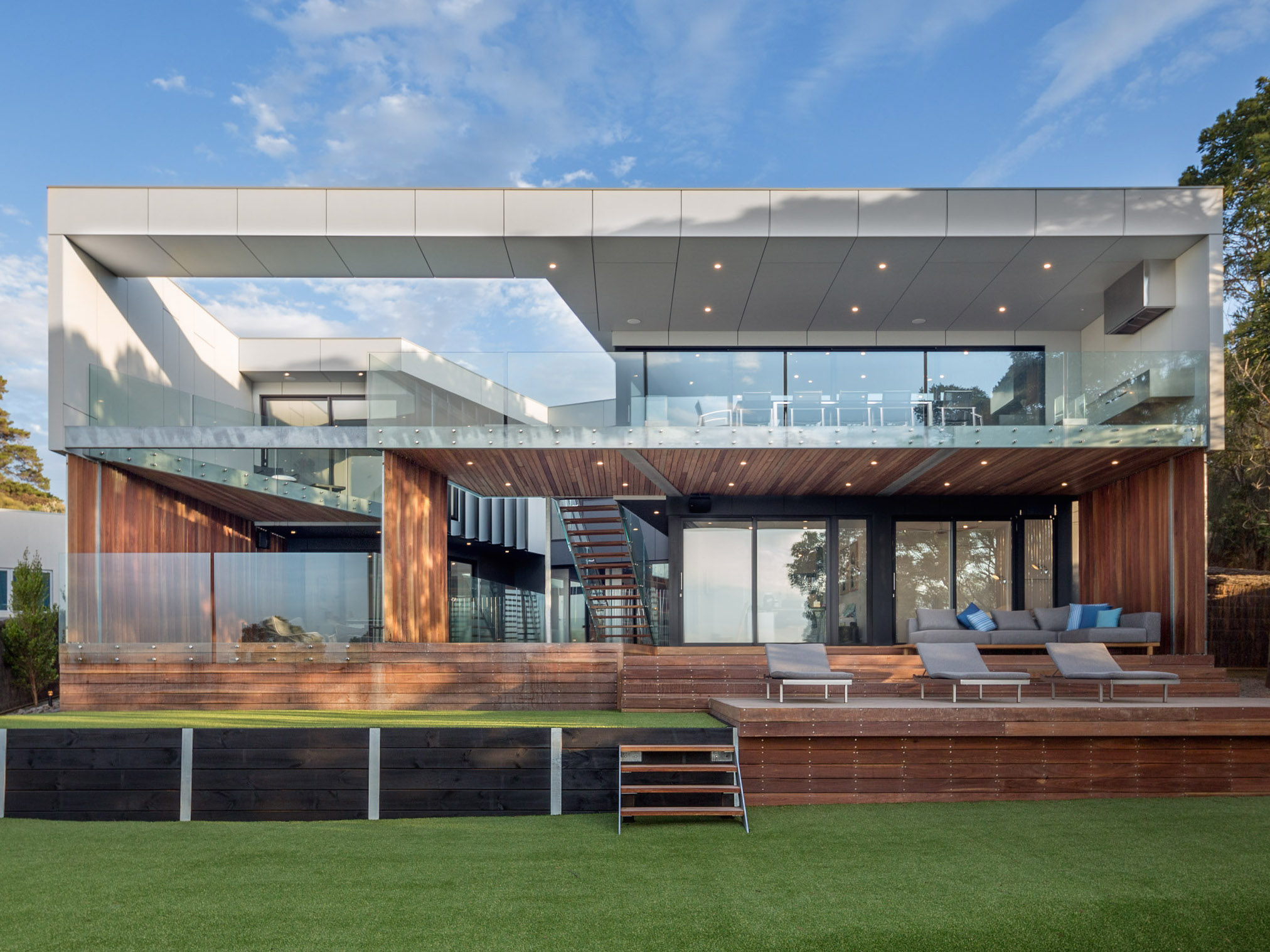 Luxury And Durability In A Mornington Peninsula Home