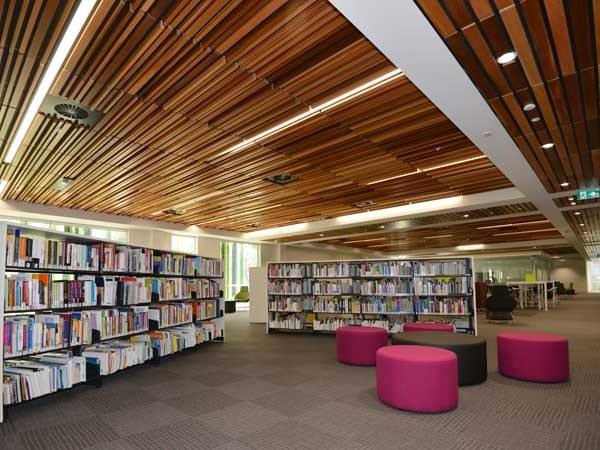 SUPATILE SLAT panels in Slat 2 and Random profiles have been used over the vast expanse of the ceiling area (Photography JadaArt)