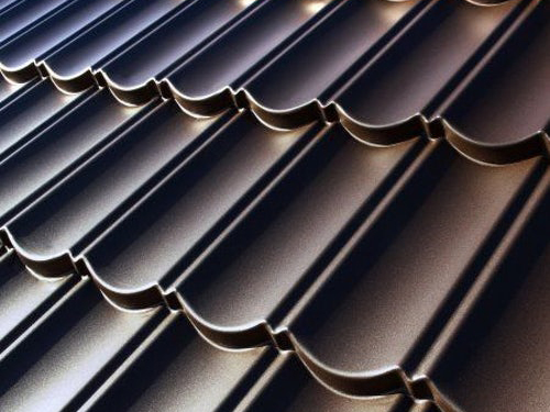 Zircon roof tiles reduce urban heat-island effect. Image: www.roofingsuperstore.co.uk