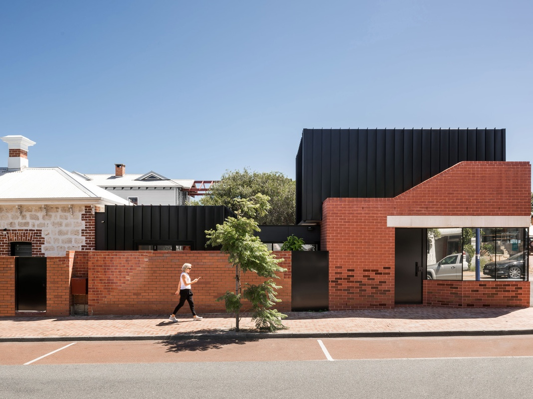 Striking modern addition to a Perth heritage cottage
