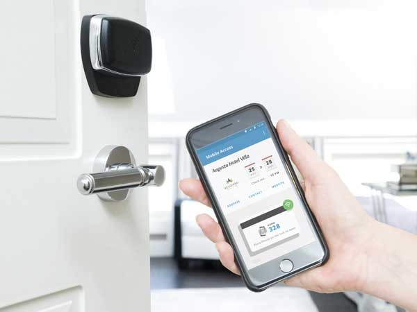 Hotel guests can now use their smart devices as digital room keys (Photo: Eric Laignel © Prize Management Group)