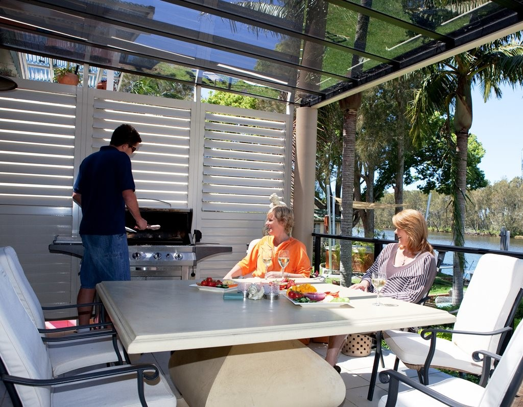 Creating indoor-outdoor living spaces for fresh air ... on Ab And Outdoor Living id=95086