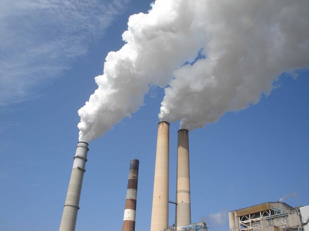 Fossil fuel-fired power plants are major sources of CO2 emissions. Image: www.nersc.gov