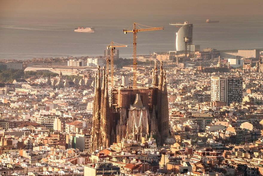Final 170m High Stretch Of Gaudi S Sagrada Fam 237 Lia