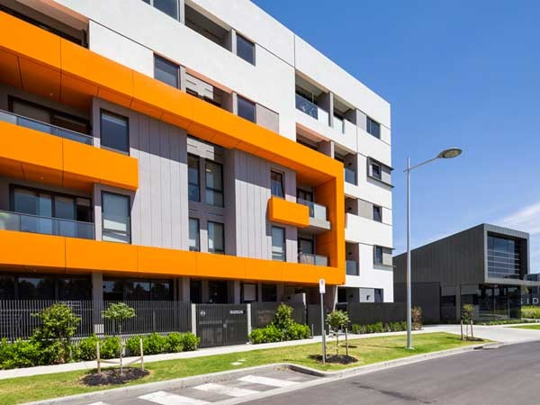 The Exsulite-Kooltherm facade system provided a faster and more efficient installation process than conventional building systems