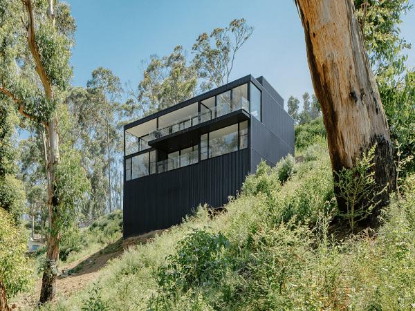 Durimbul Bushfire Resistant House exterior view
