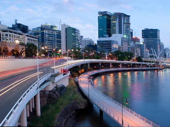 Australian cities need to be a national priority for the government, says Infrastructure Australia CEO Philip Davies. Image: Free Australian Stock Images