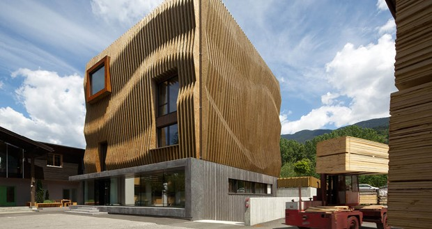 four creative facades that use timber differently. Black Bedroom Furniture Sets. Home Design Ideas