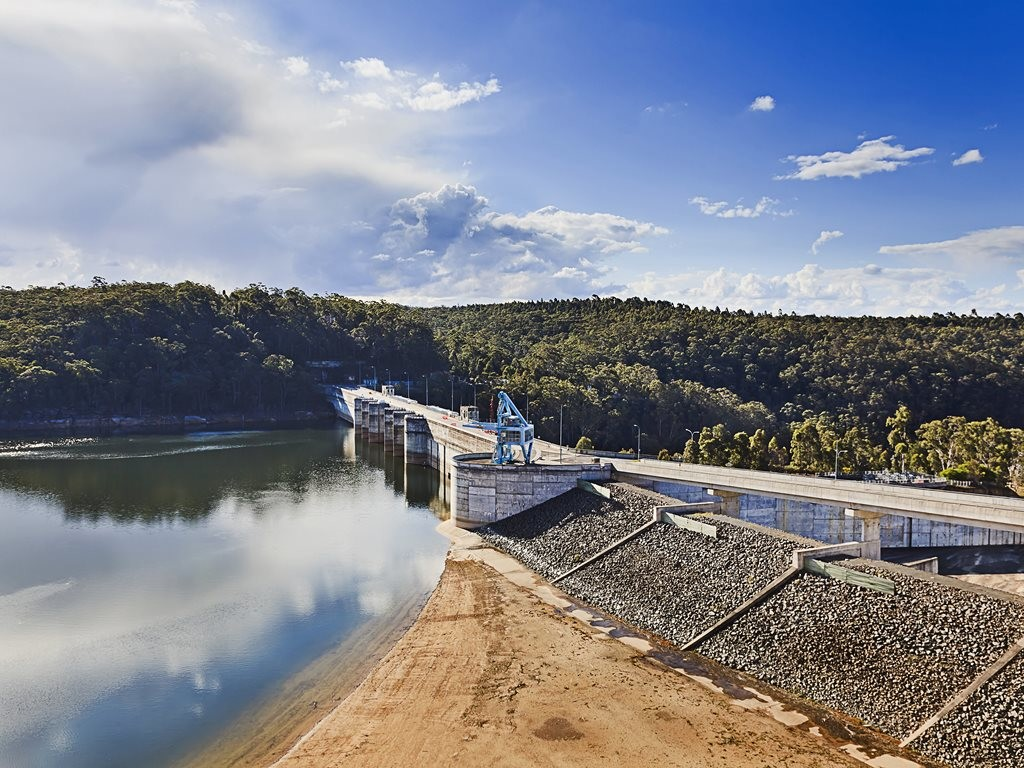 GHD together with joint venture partner Stantec has been awarded an AUD14.5 million concept design contract for the proposed raising of Warragamba Dam, which stores approximately 80 percent of Sydney's drinking water supply. Image: Getty Images