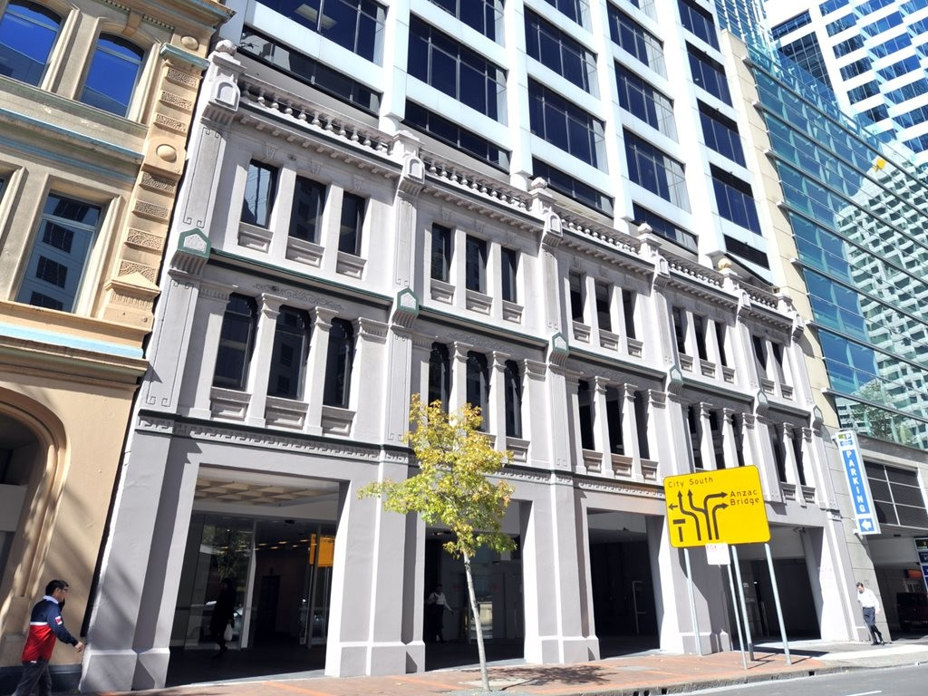 The sale of the 15-storey office building at 160 Sussex Street will be handled by global real-estate company, Savills. Image: JLL