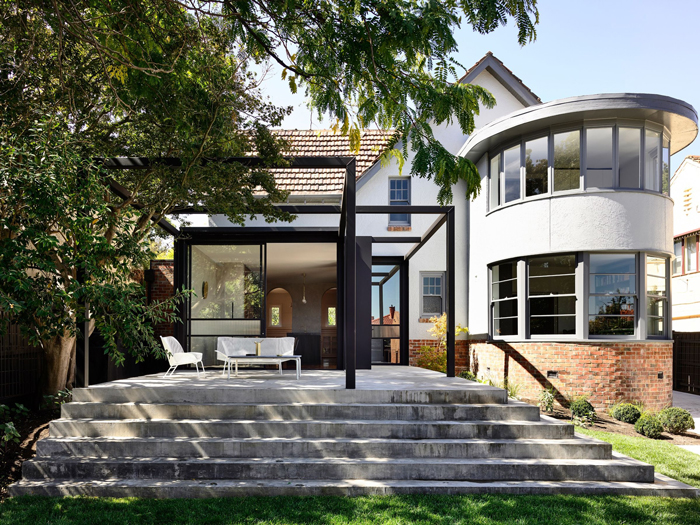 A timeless addition to a Melbourne Art Deco home