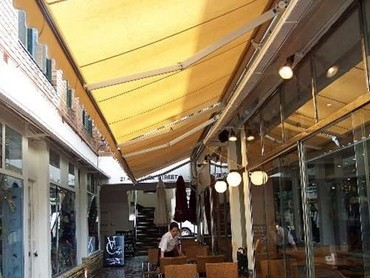 Retractable Folding Arm Awnings - Sundowner Basic  Folding Arm Awning