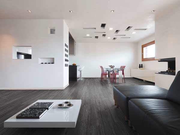 Polyflor's Expona Superplank - Grey Brushed Oak