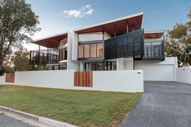 12 projects in running for sunshine coast architecture for Beach house designs queensland