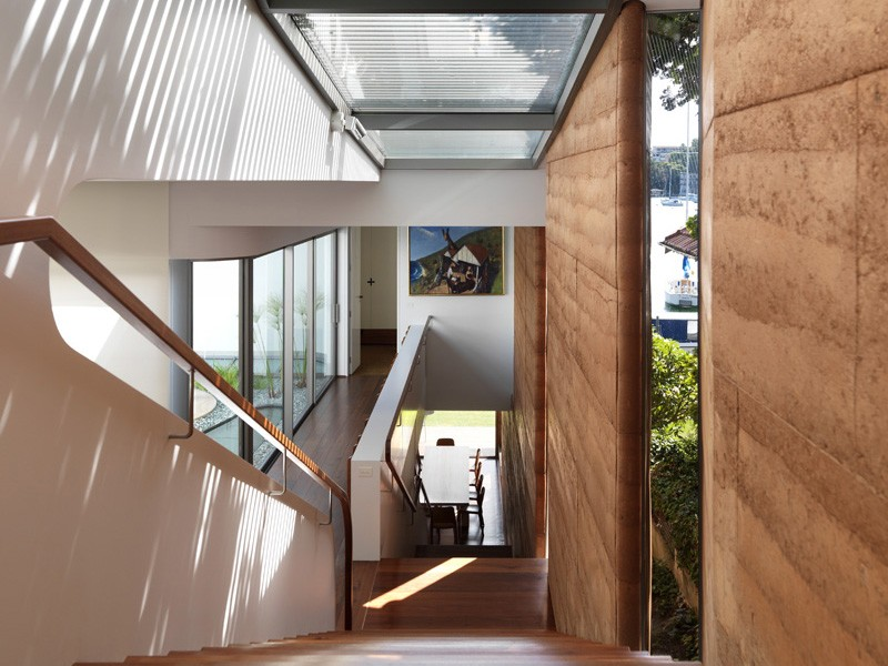 A Self Cooling Stairwell Amp Rammed Earth Walls In Luigi