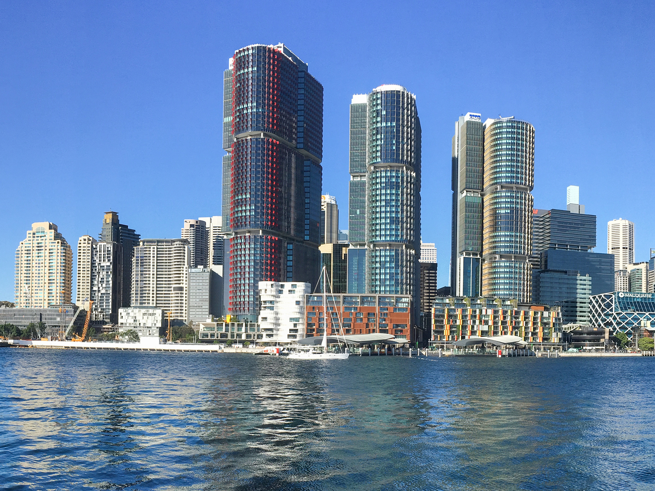 Sustainable commercial buildings at Barangaroo, Sydney. Image: Wikimedia Commons