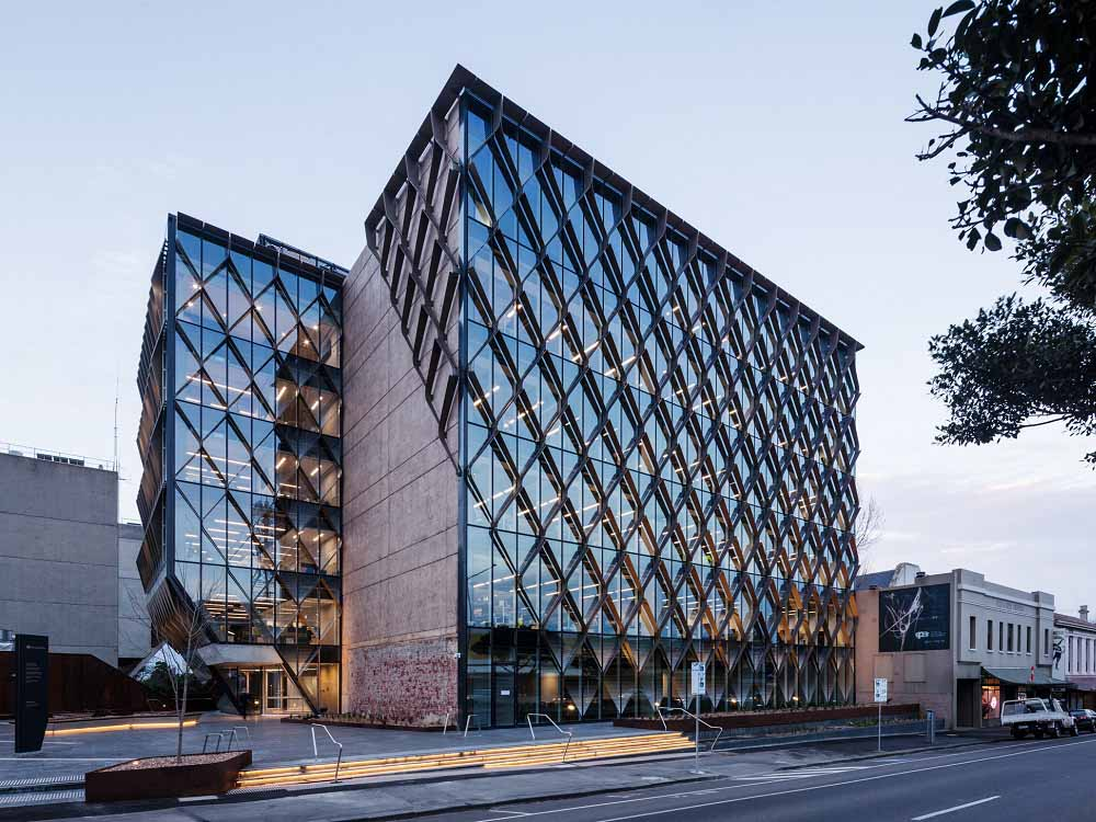Capral Curtain Wall Helps Barwon Water Hq Achieve