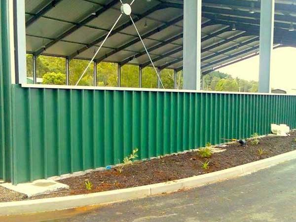 Lismore Recycling and Recovery Centre featuring Spantech 300 Series straight panels