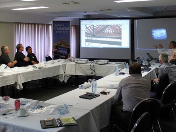 A Fabricator Forum in progress