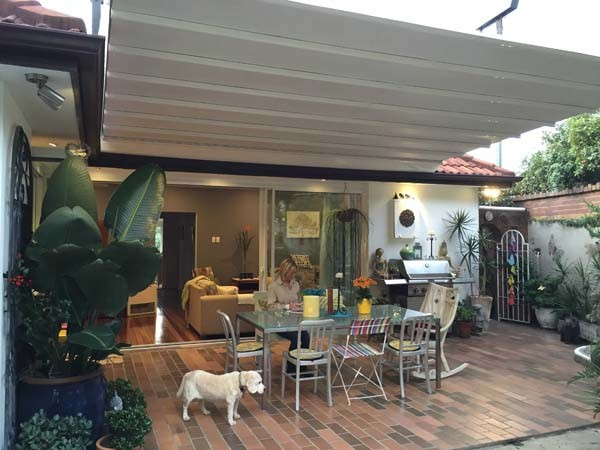 Aalta Papilio retractable roof