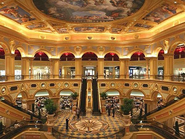 Rondo Ceiling Systems Feature At The Us 2 4 Billion Luxury
