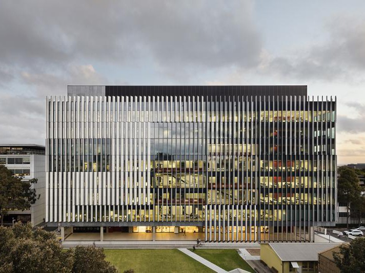 UNSW's Himmer Building designed by Grimshaw. Photgraphy by John Gollings