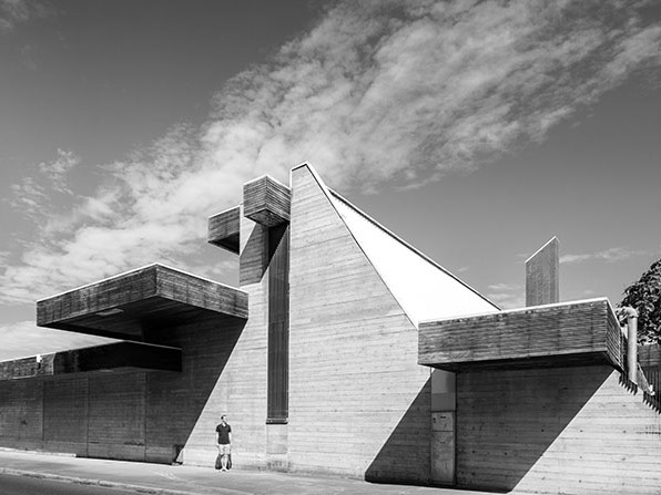 The Australian War Memorial Annex, 1979. Designed by Enrico Taglietti. Photography by Darren Bradley