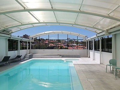 North Sydney pool enclosure in Allplastics mar resistant polycarbonate