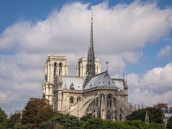 Bill Passed To Restore Notre Dame As It Was Architecture