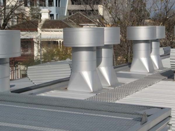 Acculine roof ventilation system
