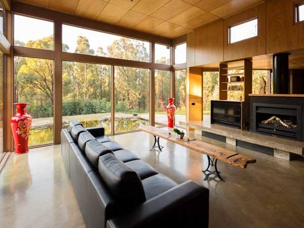 Hemingway Building Design's 'Phoenix Project' in Kinglake, VIC