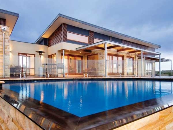Hebel PowerPanel XL was selected for external cladding at the Barrabool Hills Estate home in Ceres, Victoria