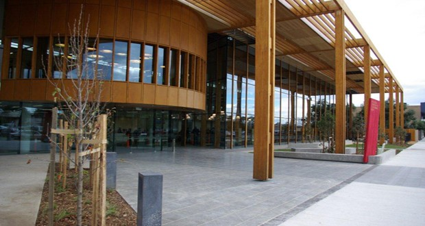 melton library and learning hub in vic is australia u2019s first green star library