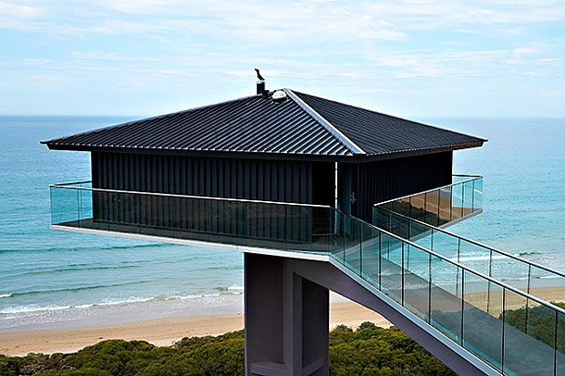 Pole House in Victoria gains contemporary touch by F2 ...