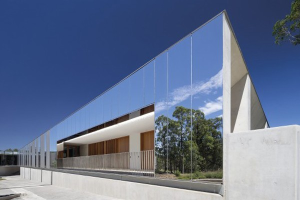 Plus Architecture S Mirrored Facade Reflects Nature In