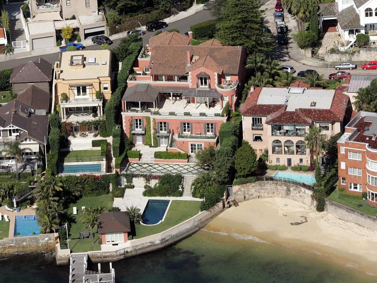 Several homes (including the prime minister's) in the Sydney suburb of Point Piper. Image: Herald Sun